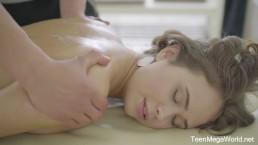Tricky-Masseur.com - Jenny Fer - Passion on massage table