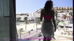 Exhib amateur gros seins avant baise hard en espagne Chloé Sanchez
