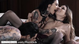Joanna Angel & Small Hands Have Wild Sex With Chick from Bar