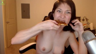 Can Eating Pizza Be Sexy?