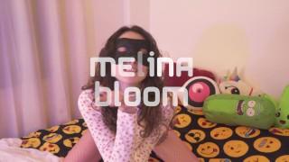 HORNY TEEN FUCKS HER BEST FRIEND - DEEPTHROAT AND DOGGYSTYLE - Melina Bloom